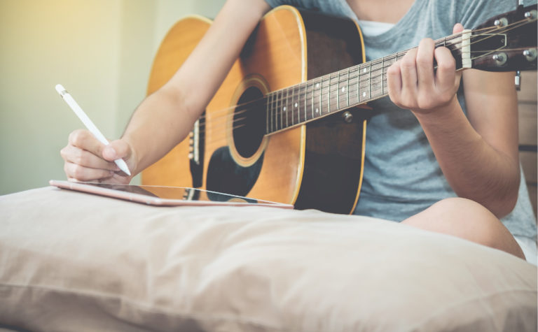 Poem vs. Song: What Is the Difference? (+ Similarities)